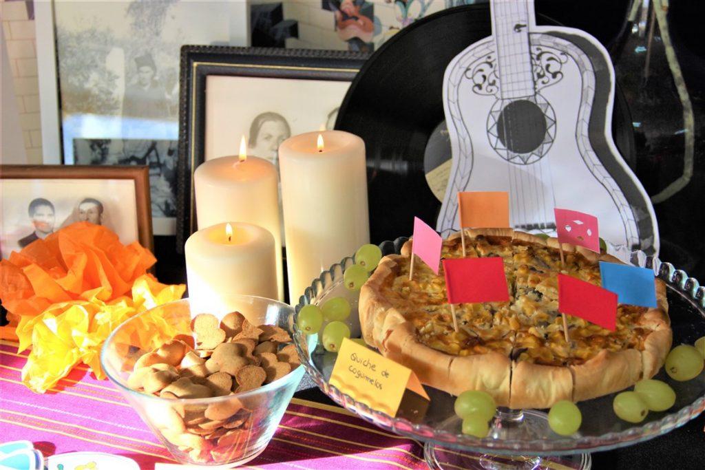 mesa da festa do COCO coco themed birthday party